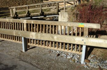 Holzleitschiene - System LBD II b mit Holzgeländer System Raaba light - BST Krakauebene (4)