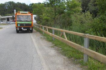 Holzleitschiene mit Holzgeländer Sonderanfertigung für Gemeinde Rosental (8)
