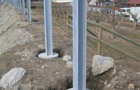 Fotoserie Bau einer Lärmschutzwand im Straßenbau - LSW - Schritt 3: