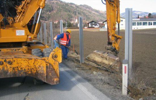 Fotoserie Bau einer Lärmschutzwand im Straßenbau - LSW - Schritt 4: