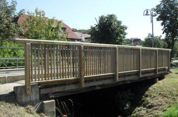 Holzbrücke mit Geländer System RAABA Light - Baustelle Bairisch Köhldorf (2)