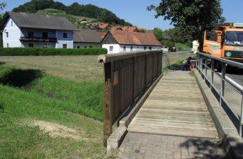 Holzbrücke mit Geländer System RAABA Light - Baustelle Bairisch Köhldorf (1)