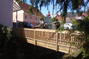 Holzbrücke mit Geländer System RAABA light - BST Scheifling
