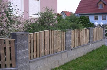 Holzzaun System Oslo schräg