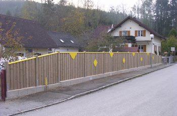 Sichtschutz Zaun System Stulpschalung färbig (3)