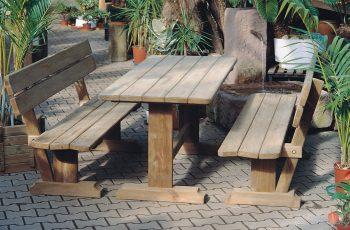 Sitzgarnitur - Ergonomie / Tisch 195x70 cm, Höhe 75 cm, Bank L:195 cm, Sitzhöhe 40 cm. Aus ausgesuchtem Kiefernholz, kesseldruckimprägniert, fertig montiert
