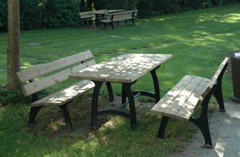 Sitzgarnitur - Kuba (2) Tisch 195x70 cm, Höhe 75 cm, Bank L:195 cm, Sitzhöhe 40 cm. Auflagen aus Kiefernholz, kesseldruckimprägniert, fertig montiert