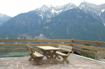 Sitzgarnitur - Pongau / Tisch 195x80 cm, Höhe 75 cm, Bank L:195 cm, Sitzhöhe 40 cm. Aus ausgesuchtem Kiefernholz, Kanten gerundet, kesseldruckimprägniert, fertig montiert