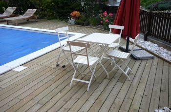 Terrassenböden und Schwimmbadumrandungen aus kesseldruckimprägniertem Kiefernholz (KDI) – Bild 23