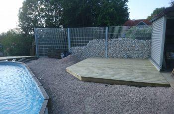 Terrassenböden und Schwimmbadumrandungen aus kesseldruckimprägniertem Kiefernholz (KDI) – Bild 28