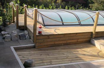 Terrassenböden und Schwimmbadumrandungen aus kesseldruckimprägniertem Kiefernholz (KDI) – Bild 30