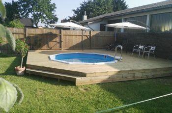 Terrassenböden und Schwimmbadumrandungen aus kesseldruckimprägniertem Kiefernholz (KDI) – Bild 35