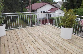 Terrassenböden und Schwimmbadumrandungen aus kesseldruckimprägniertem Kiefernholz (KDI) – Bild 36