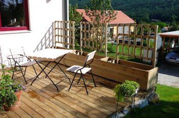 Terrassenböden und Schwimmbadumrandungen aus kesseldruckimprägniertem Kiefernholz (KDI) – Bild 5